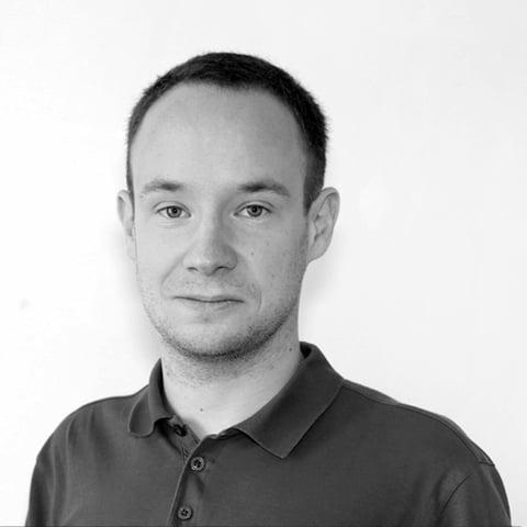 Piotr-Nowojski